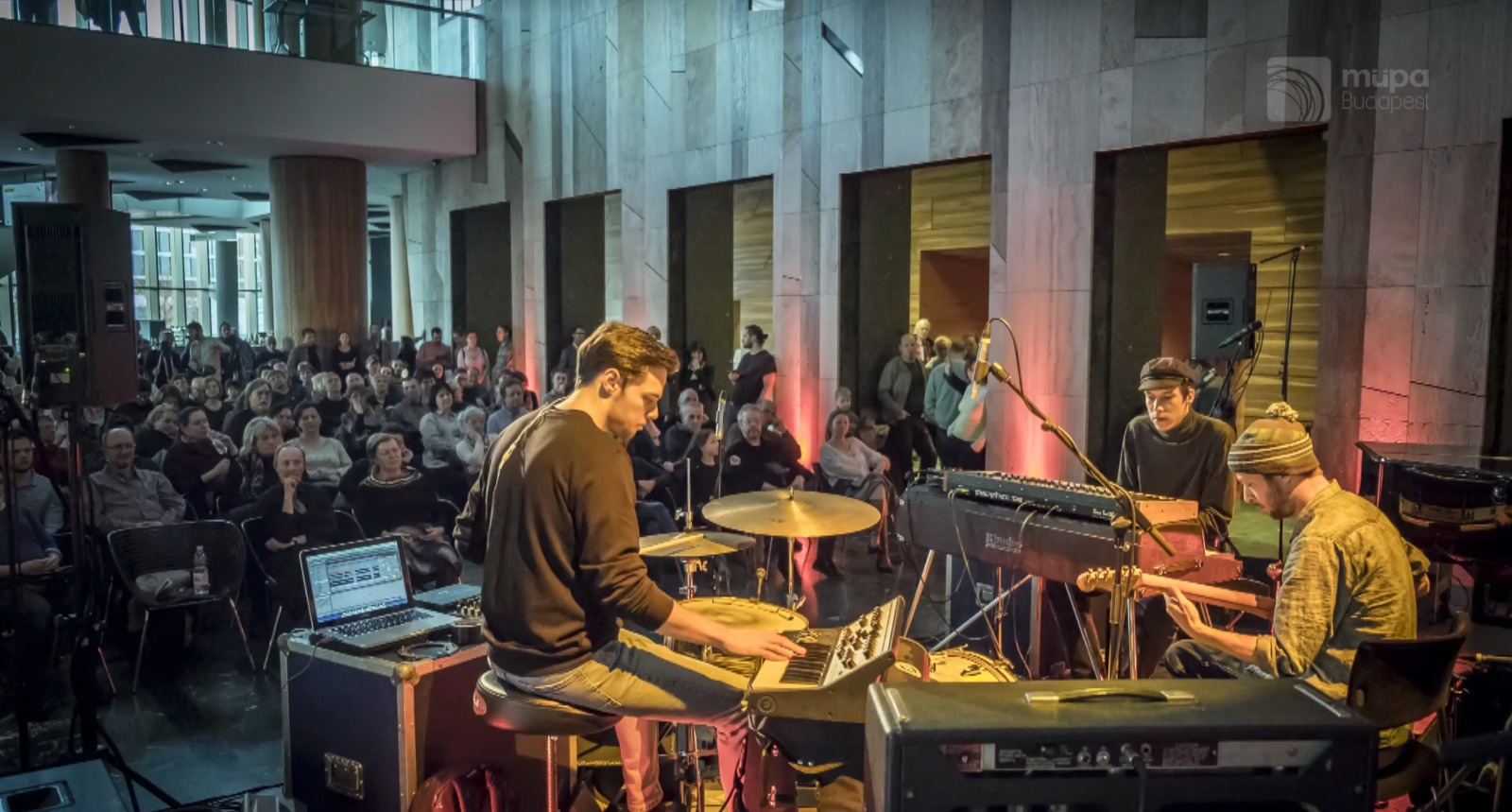 Interview: Jazzbois